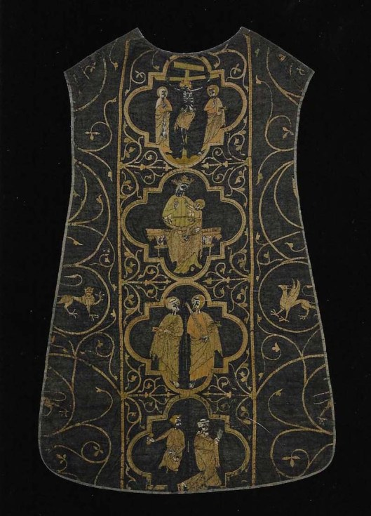10-the-clare-chasuble001