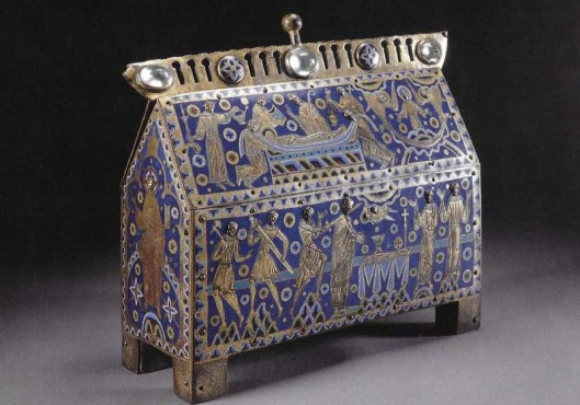 14-the-becket-casket001